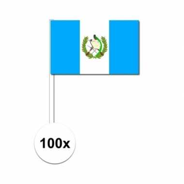 100x guatemalaanse zwaaivlaggetjes 12 x 24 cm