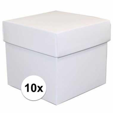 10x stuks witte cadeaudoosjes van 10 cm vierkant