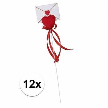 12x hartje op stok met enveloppe kaartje voor valentijn