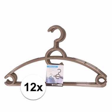 12x plastic kledinghangers bruin