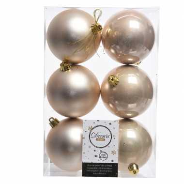 18x creme kerstversiering kerstballen kunststof 8 cm