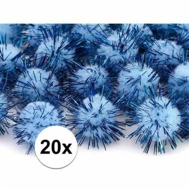 20 lichtblauwe knutsel pompons 20 mm
