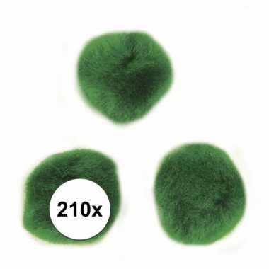 210x groene knutsel pompons 7 mm trend
