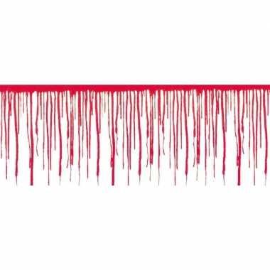 2x 6 meter groot plastic bloed muurdecoratie