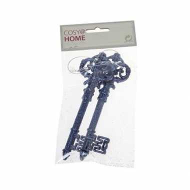 2x blauwe sleutel decoratiehanger met glitters 15 cm