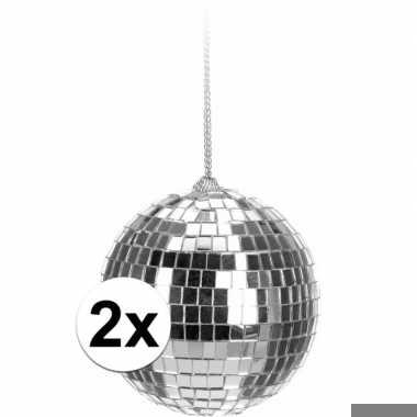 2x kerstboom decoratie discoballen zilver 6 cm