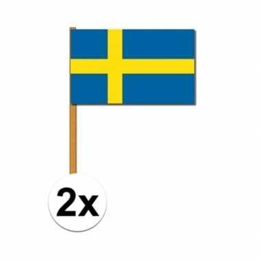 2x zwaaivlaggetjes zweden