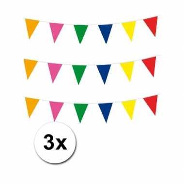 3 meerkleurige plastic vlaggenlijnen
