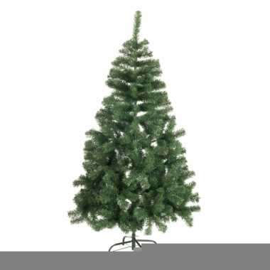 Abies kerstboom met 440 takjes
