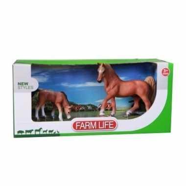 Arabier paard met veulen plastic