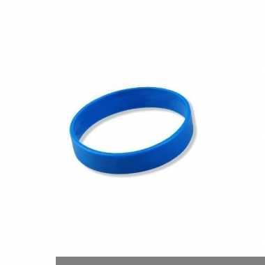 Armbandjes in het blauw
