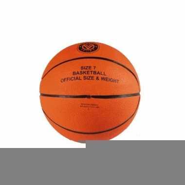 Baketballen met officiele bal