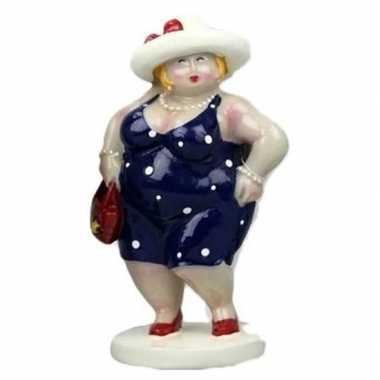 Beeld staande dikke dame donkerblauwe jurk 15 cm