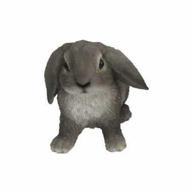 Beeldjes grijze hangoor konijntjes 15 cm