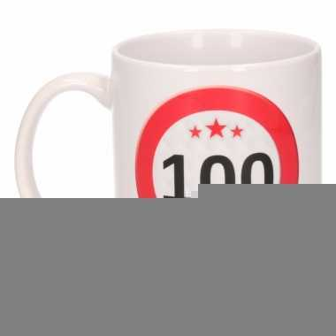 Beker / mok 100 jaar verkeersbord