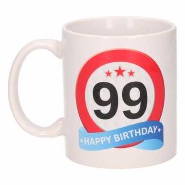 Beker / mok 99 jaar verkeersbord