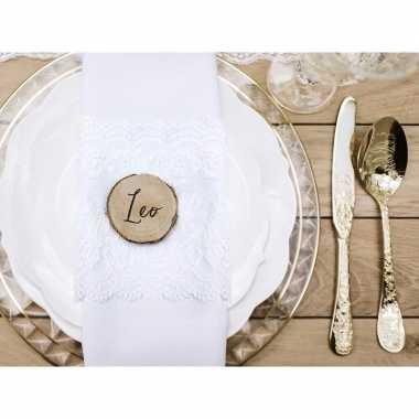 Bruiloft houten plaatsnaam kaartjes