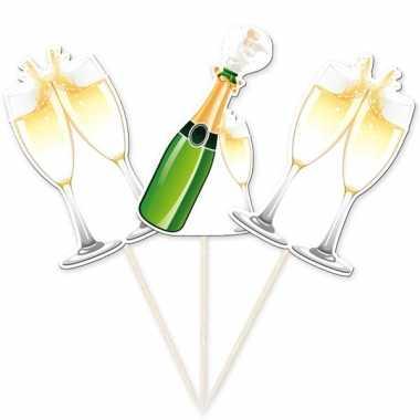 Champagneglazen prikkers voor een bruiloft