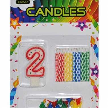 Cijfer kaarsen rood nummer 2