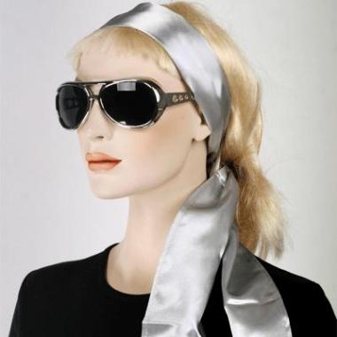Dames hoofdsjaal in het zilver