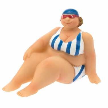 Decoratie beeld dikke dame 4 cm in blauw/witte bikini