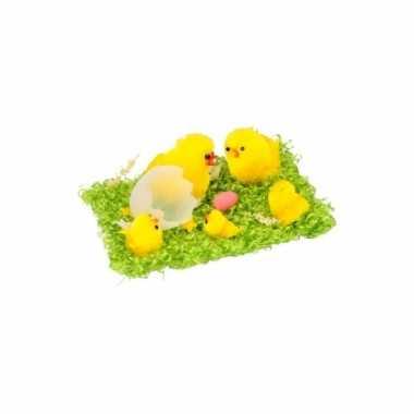 Decoratie paaskuikens geel