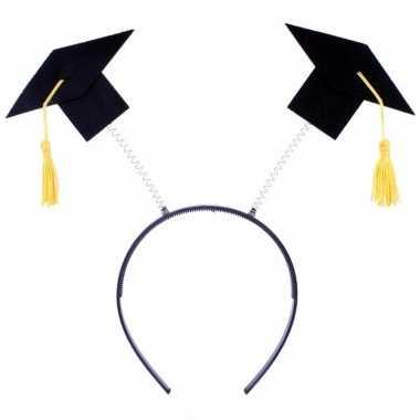 Diadeem met twee afstudeer hoedjes