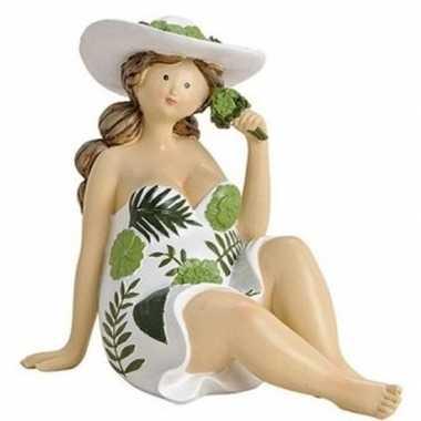 Dikke dame beeldje groen/wit jurkje 15 cm