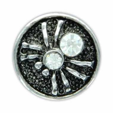 Drukknoop wit spinnetje voor chunk sieraad 1,8 cm