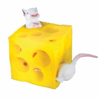 Feest stretch muis en kaas