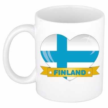 Finse vlag hartje theebeker 300 ml