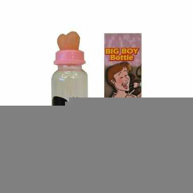 Fles met borsten op mondstuk