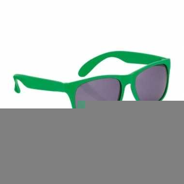 Fun reclame brillen in het groen