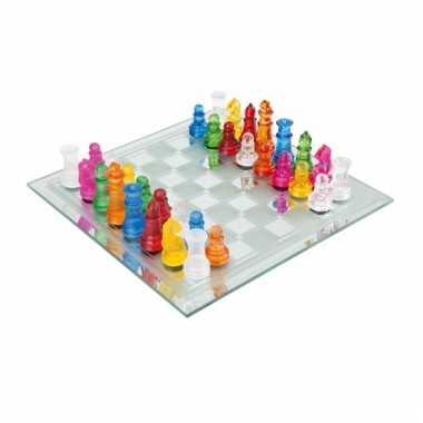 Gekleurd schaak spelletje van glas