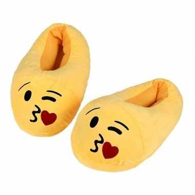 Gele smiley kids slofjes met hart kusje voor kinderen
