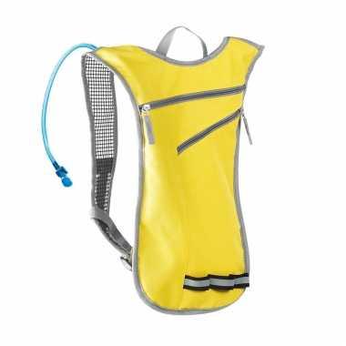 Gele sport rugtas/rugzak met waterzak 2 liter 32 x 50 cm