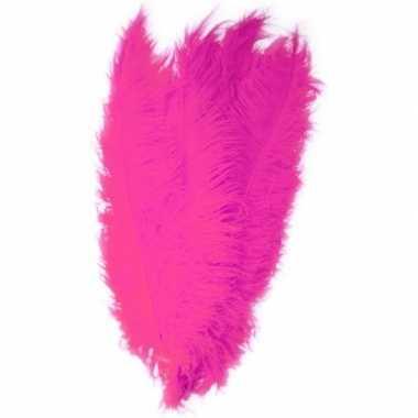 Grote veer/struisvogelveer fuchsia 50 cm verkleed accessoire