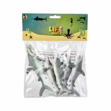 Haaien familie gemaakt van rubber 5st