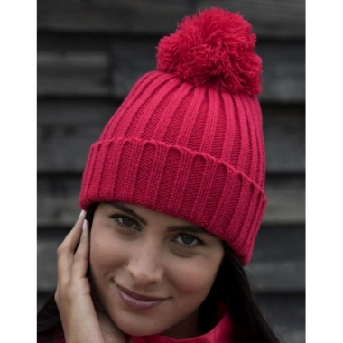 Heren winter muts raspberry rood met pompon