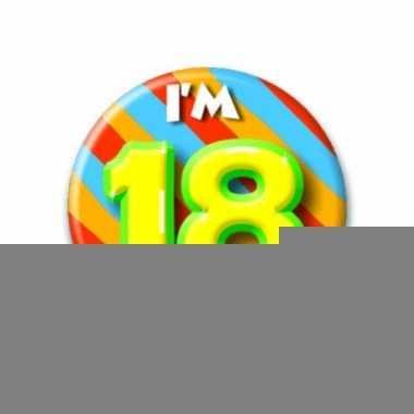 Ik ben 18 button