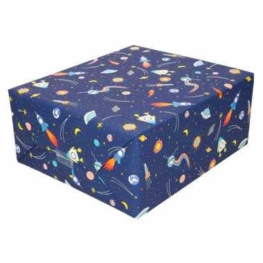Inpakpapier/cadeaupapier donkerblauw raketten 200 x 70 cm op rol