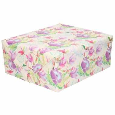 Inpakpapier/cadeaupapier tropische bloemen en vogel 200 x 70 cm
