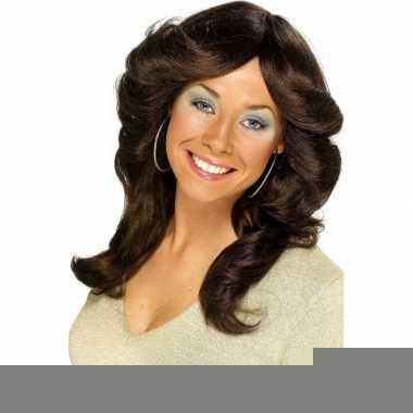 Jaren 70 dames pruik bruin haar