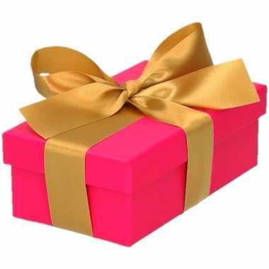 Kerst cadeautje roze met gouden strik 10 cm