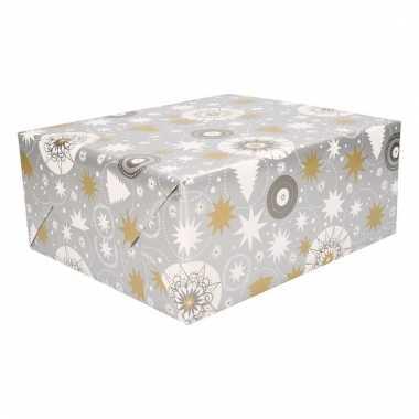 Kerst inpakpapier zilver met print trend
