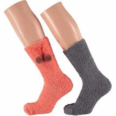 Koraal oranje en grijze dames huissokken 2 paar