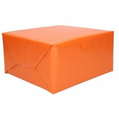 Kraft geschenkpapier oranje 70 x 200 cm