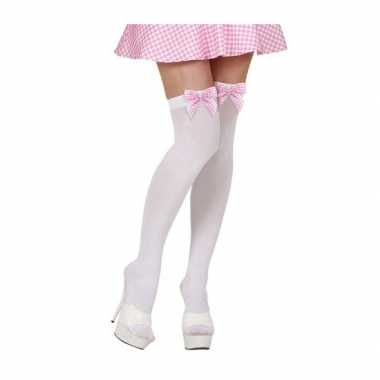 Lange witte kousen met roze strik