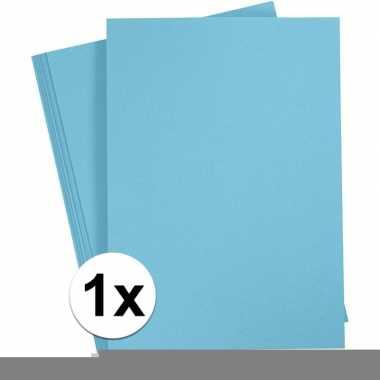 Lichtblauw knutselpapier a4 formaat