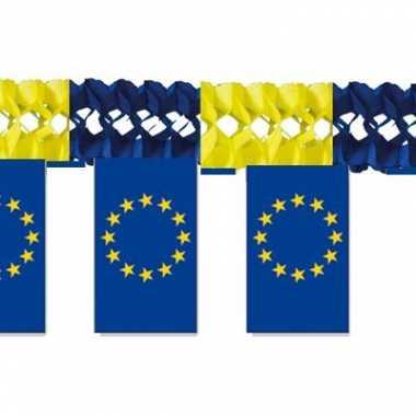 Luxe slinger europa trend